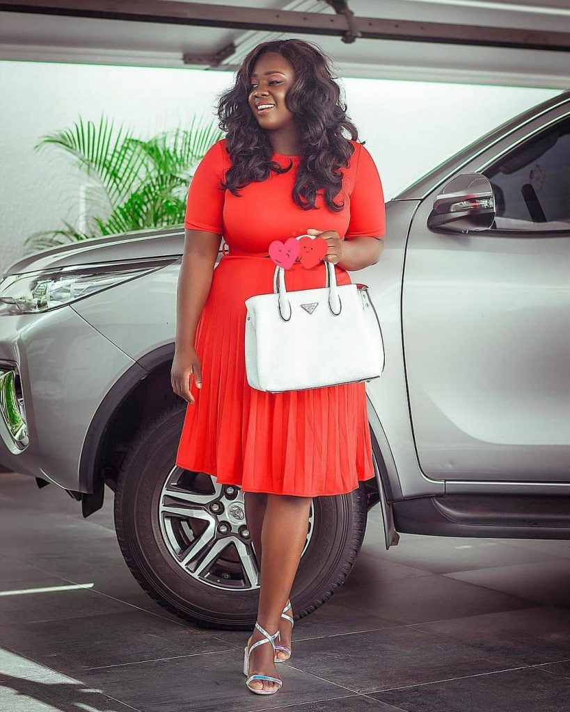 Throwback Photo Of Rich Landlady, Tracey Boakye Living In A Single Room Pops Up
