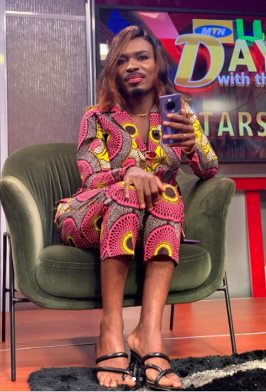 Watch as Clemento Suarez perfectly acts like Nana Ama Mcbrown on live TV