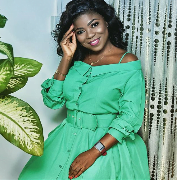 Vim Lady encourages Serwaa Amihere after She was humiliated on live TV