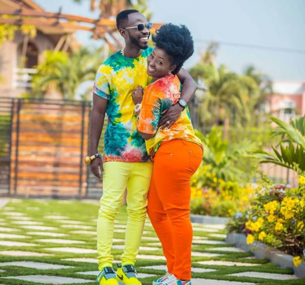 Okyeame Kwame and his wife stuns the internet as they celebrate 12 years of marriage - Video